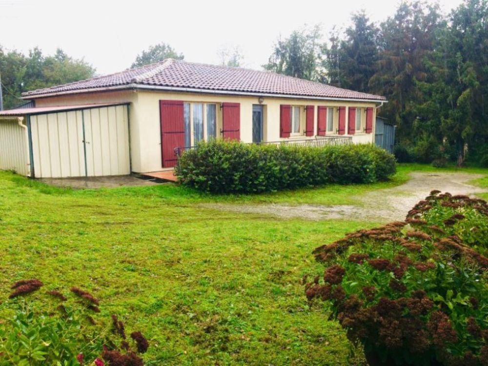 Vente Maison maison de 113 m2 sur un terrain de 3245 m2  à Roullet-saint-estephe