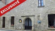 Auberge de caractère, Renaissance, murs et fonds 420000
