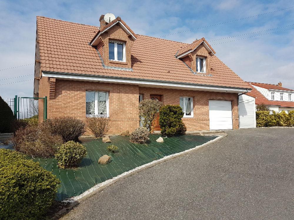 Vente Maison Superbe maison individuelle d'environ 124 m², située dans un quartier résidentiel  à  40 min d'Arras, à 35 min de Béthune.  à Saint-pol-sur-ternoise