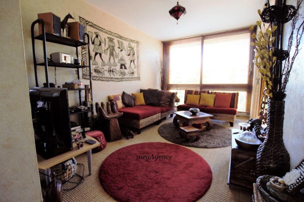 Vente Appartement Vente appartement 4 pièces 65m2 FONTENAY LE FLEURY  à Fontenay-le-fleury
