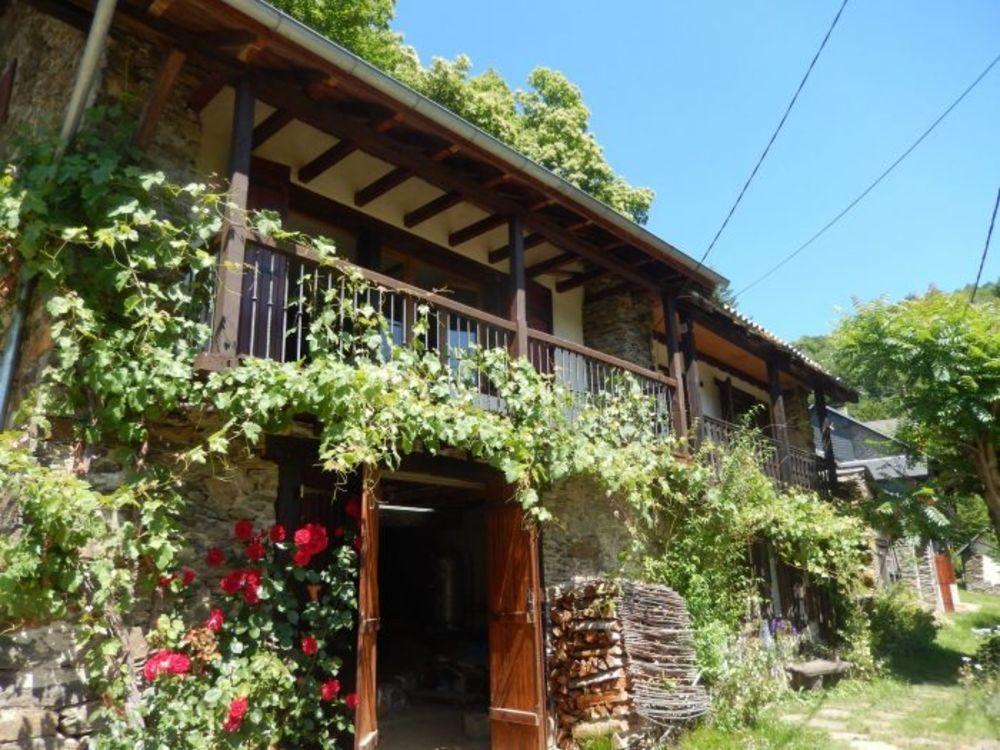 Vente Maison Maison de montagne avec dépendance semi rénovée  à Biert