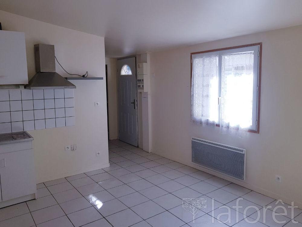 Location Appartement Appartement F2 30m2 RDC  à Caudebec les elbeuf