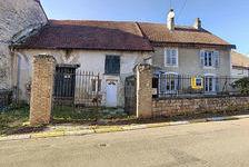 Maison Doulaincourt Saucourt 4 pièce(s) 110 m2 43000 Doulaincourt-Saucourt (52270)