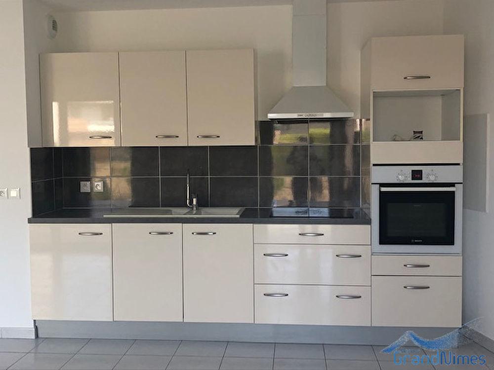 Location Appartement Appartement Garons 3 pièce(s)  à Garons
