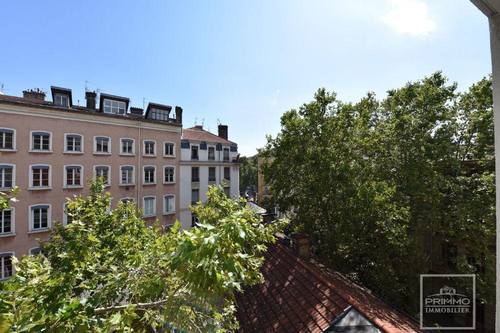 Location Appartement Appartement  3 pièce(s) 65 m2 Lyon 1
