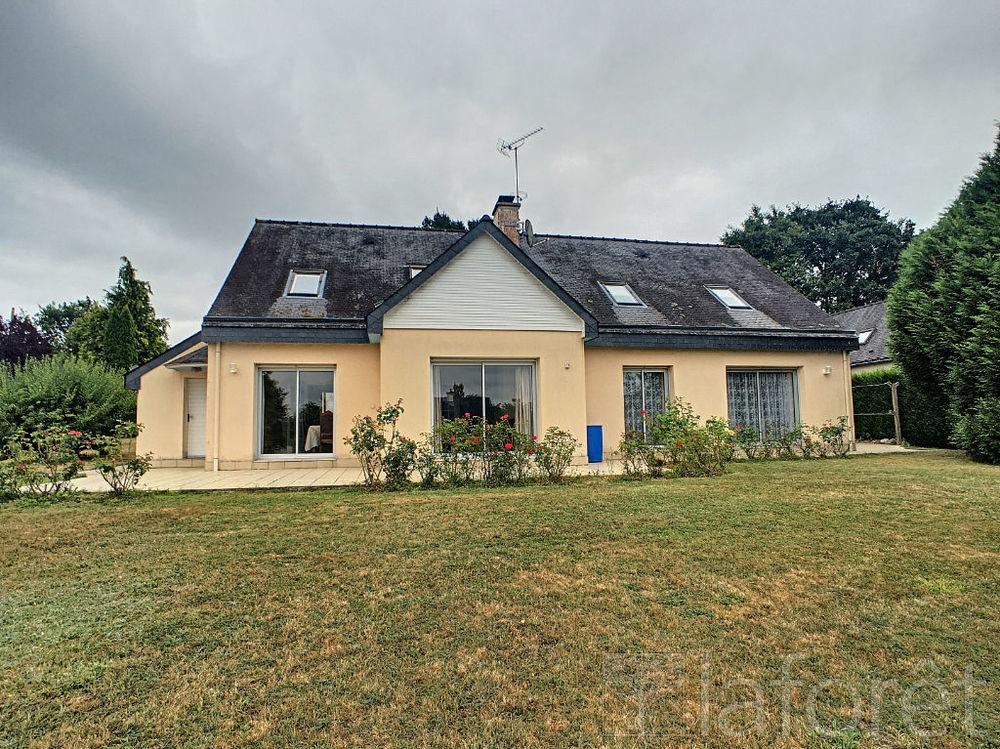 Vente Maison Maison Redon 5 pièce(s) 184 m2  à Redon