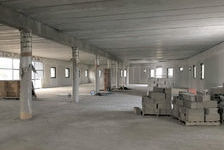 Plateau de bureaux ascenseur avec parkings. 550m²