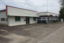 Local commercial de 238 m² + 378 m² d'entrepôt 2500