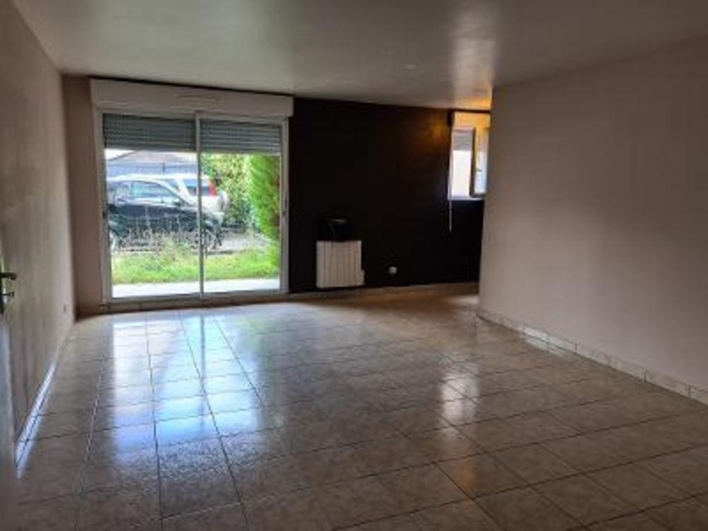 Location Appartement Appartement 2 pièces  à Bois d arcy