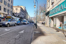LOCAL COMMERCIAL RUE FREDIANI 4000