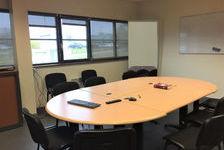 Bureaux 330 m² de Plain pied à La Vatine . PMR. 3750