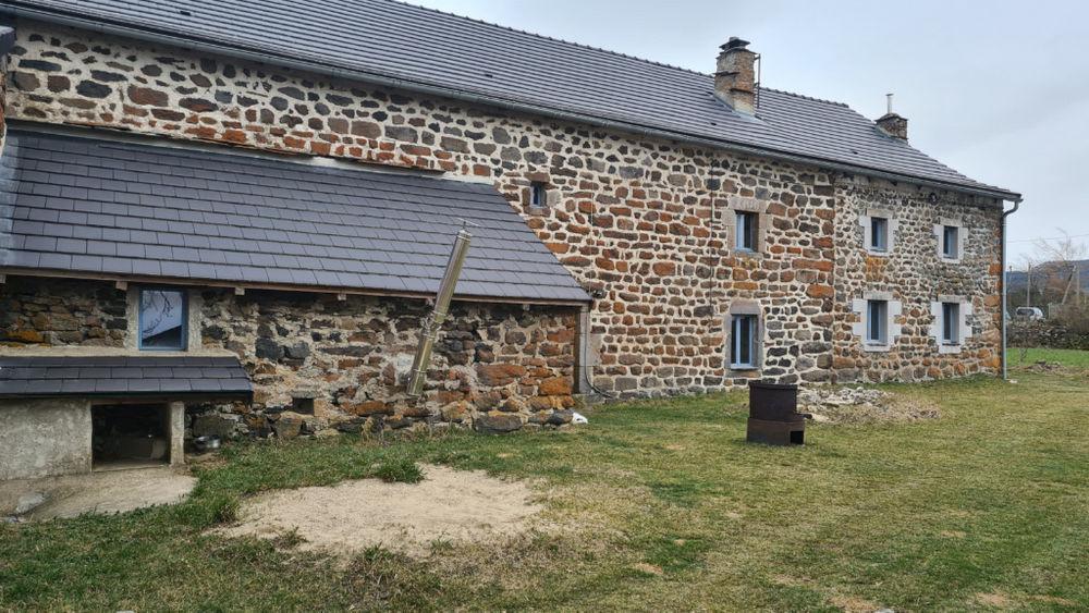 Vente Maison Ferme avec 11 hectares à St Front Saint front