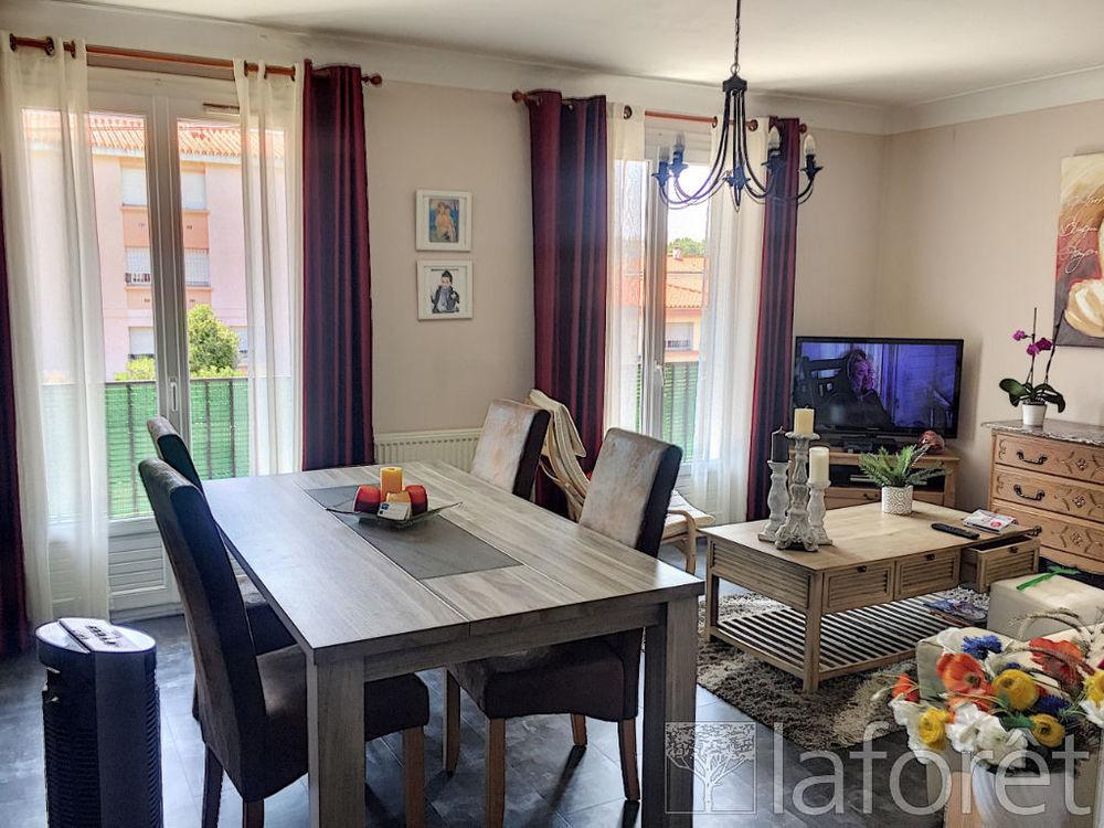 Vente Appartement Perpignan -Appartement  4 pieces- 97 m². Jardin.  à Perpignan