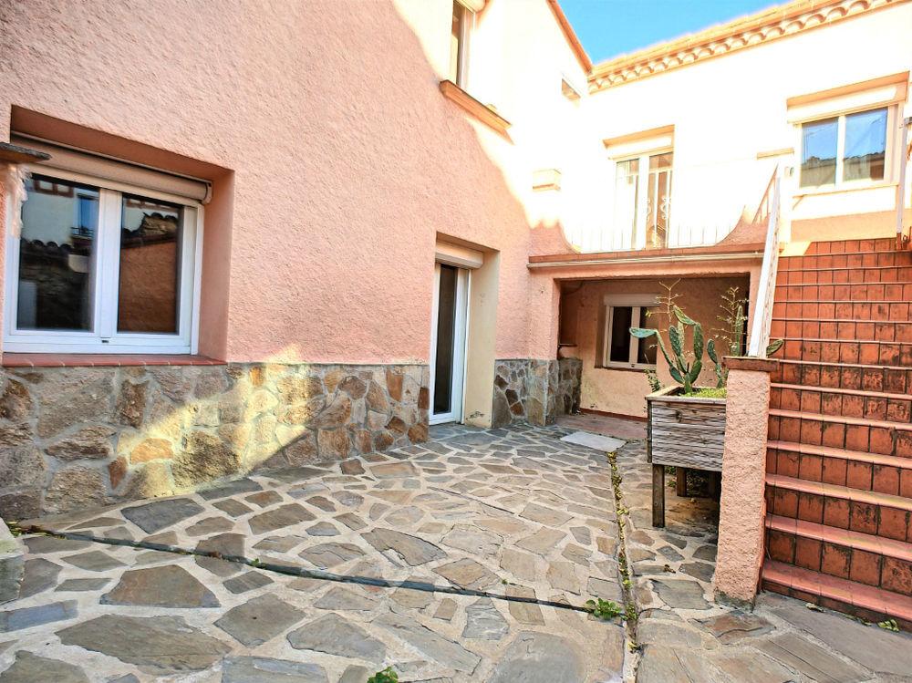 Vente Maison Maison R+1 128 m² f5 avec extérieur et garage à Maureillas.  à Maureillas las illas