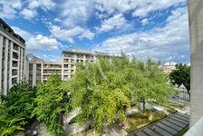 Quai de Valmy, appartement familial traversant avec balcons... 1250000 Paris 10