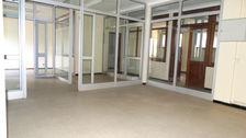 Local professionnel  bureaux 110 m² + 10 parkings 158000 84200 Carpentras
