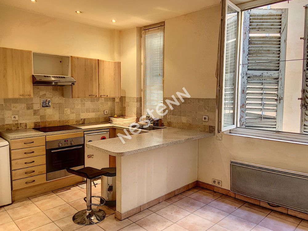 Location Appartement Appartement Toulon 1 pièce à 33 m²  à Toulon