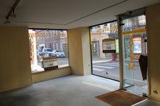 VERNEUIL SUR AVRE centre-ville , Local commercial 105000
