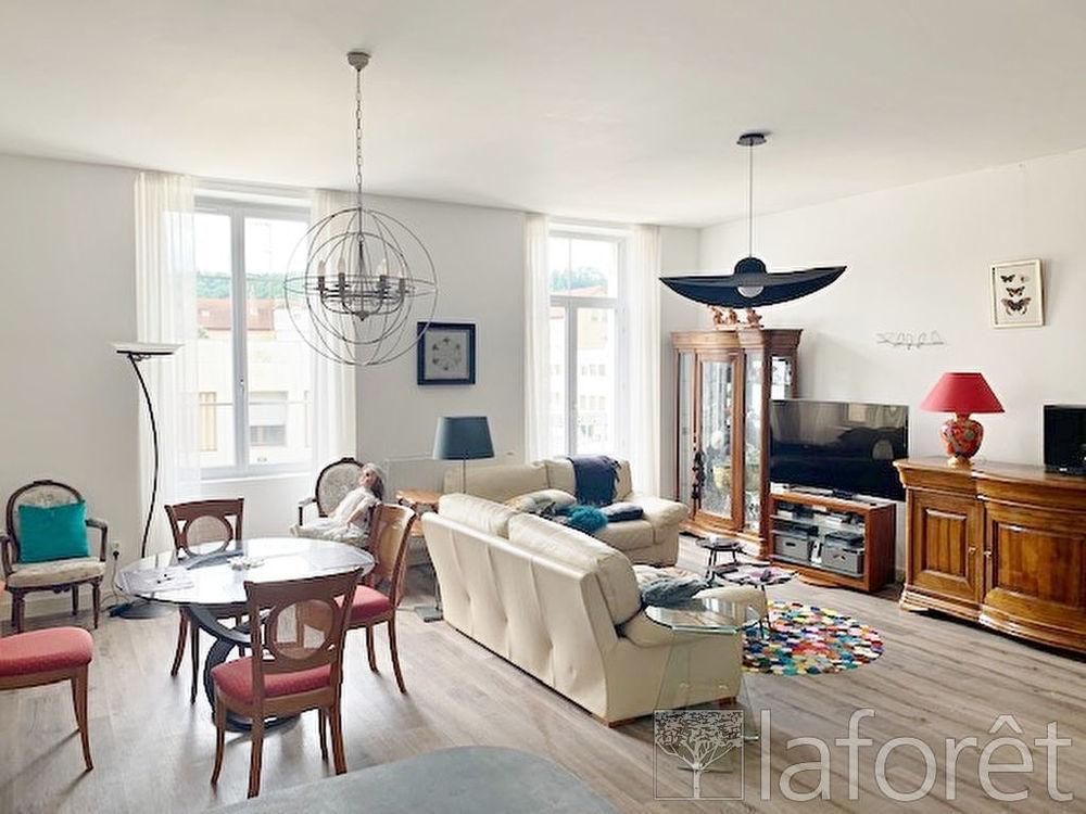 Vente Appartement Appartement Bourgoin Jallieu 4 pièce(s) 109 m2  à Bourgoin jallieu