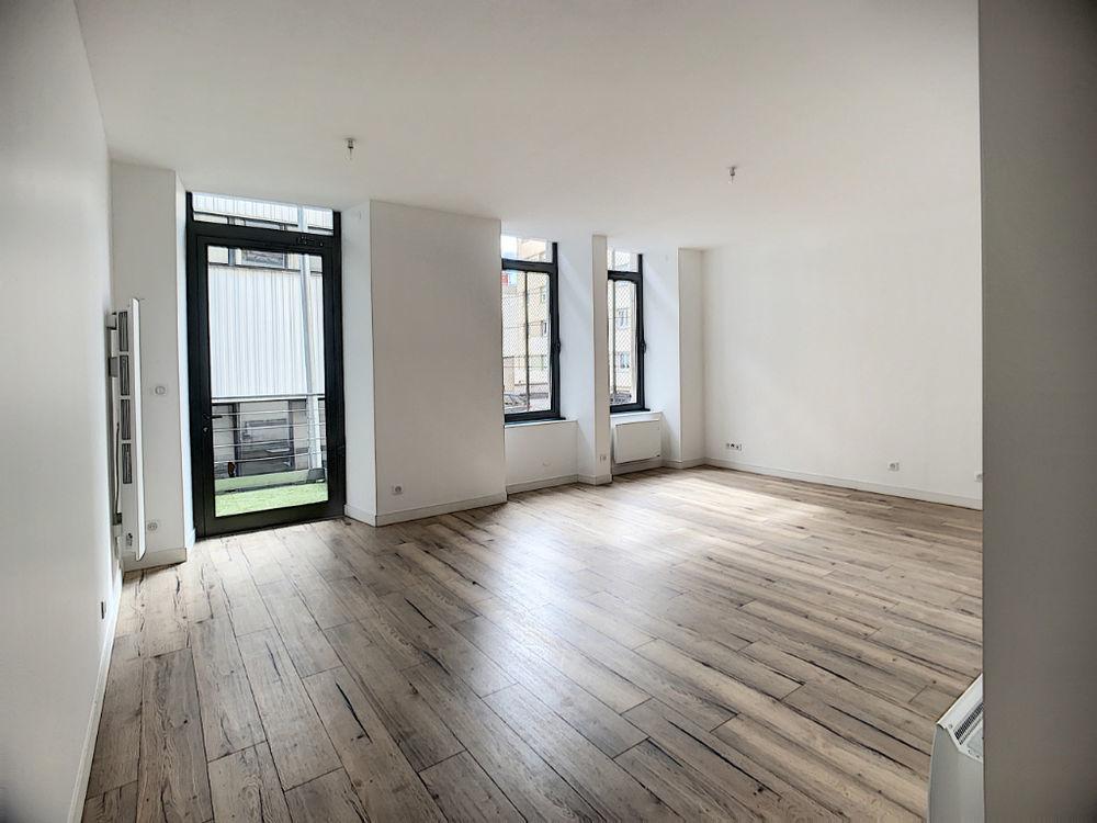 Vente Appartement Appartement Vesoul 2 pièce(s) 54 m2 balcon de 10m²  à Vesoul