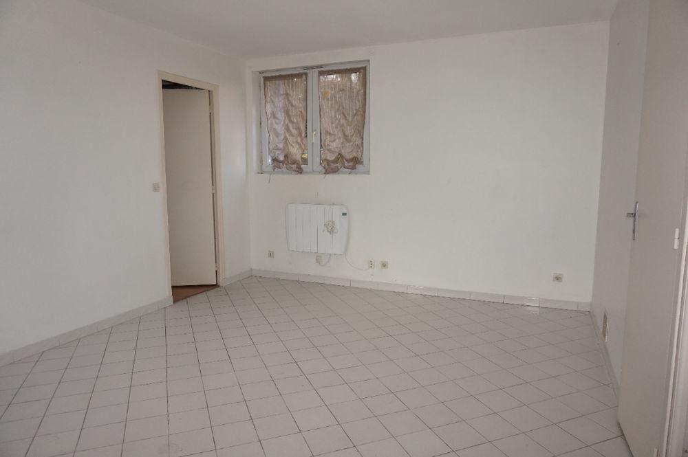 Location Appartement RAMBOUILLET périphérie  A LOUER Appartement 2 pièces  à Rambouillet