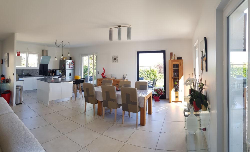 Vente Maison BELLEVILLE EN BEAUJOLAIS MAISON 200 m²  à Belleville