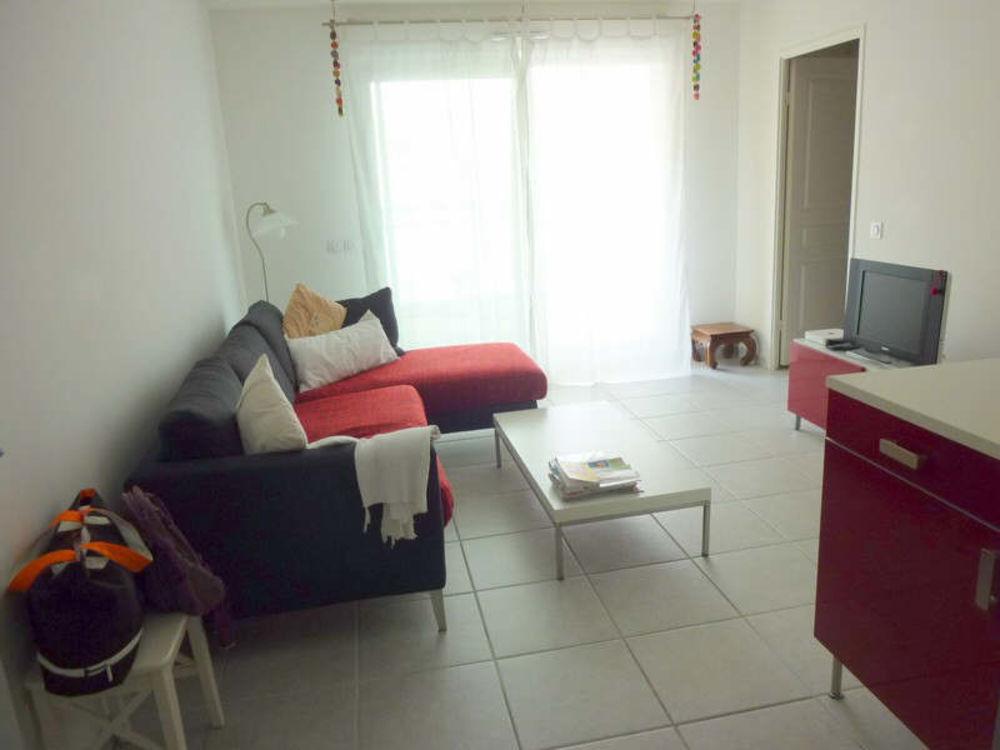 Location Appartement T2 TERRASSE ET PARKING MARSEILLE 08 - 2 pièce(s) - 46.37 m2 Marseille 8