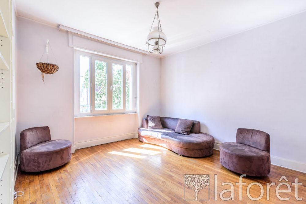 Vente Maison Maison Vesoul 6 pièce(s) 124 m2  à Vesoul