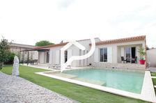 Maison de plain pied de 160m2 à St Laurent D Aigouze sur 950m2 de terrain,3 chambres, piscine, double garage 580000 Saint-Laurent-d'Aigouze (30220)