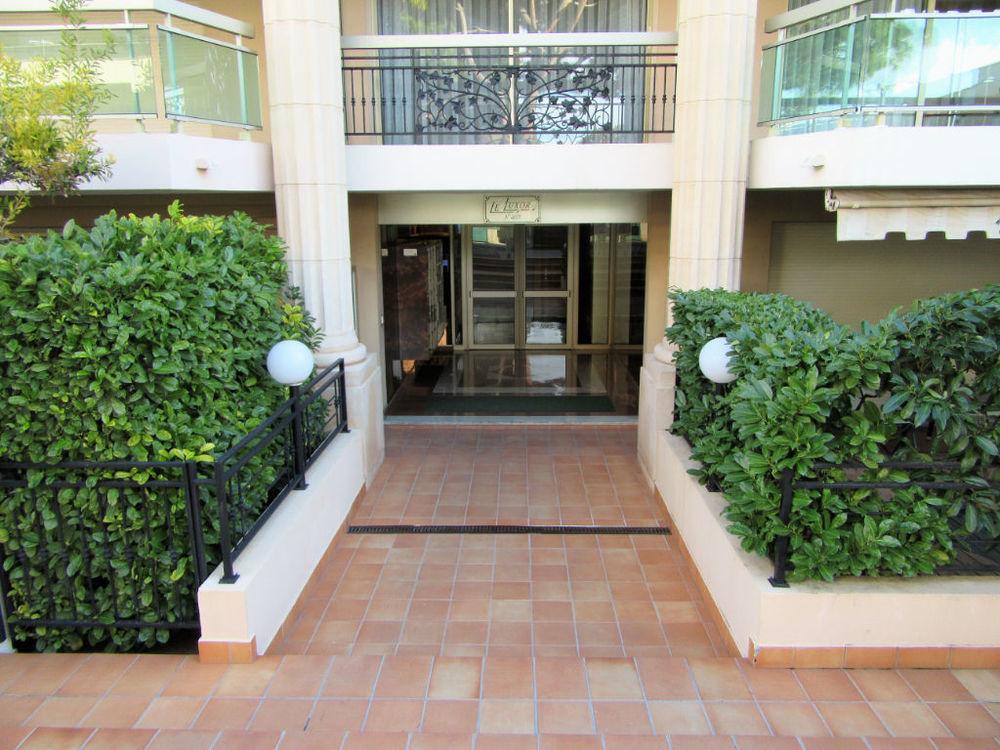 Annonce : Location Appartement Saint-Laurent-du-Var (06700) 29 m² ...
