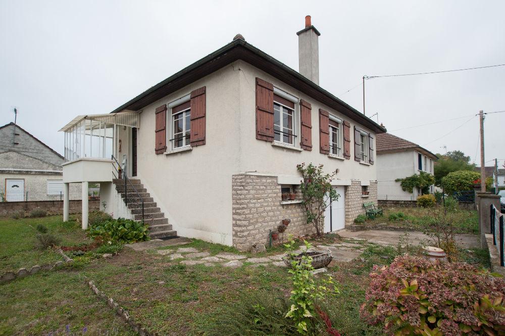 Vente Maison Maison Lux 5 pièce(s) 82 m²  à Lux