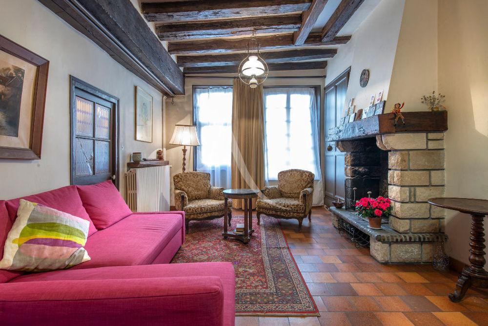 Vente Maison EGREVILLE MAISON DE VILLE (NEMOURS A 15 MIN )Maison  7 pièce(s)  AU CENTRE VILLE  à Nemours