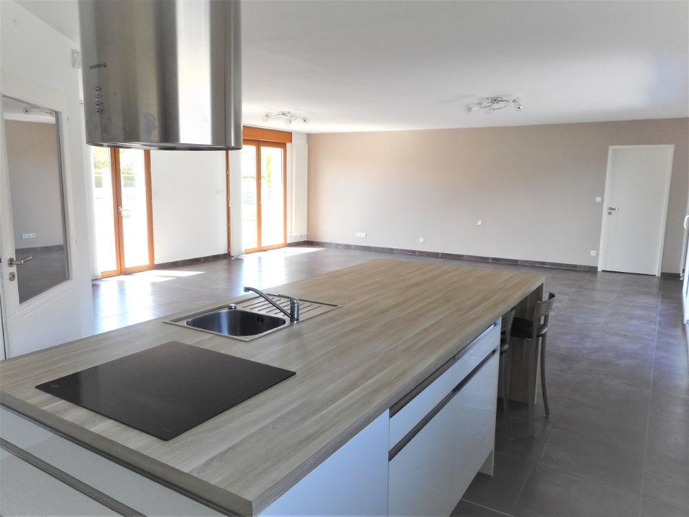 Vente Maison Pavillon de plain-pied 150 m², 3 chambres, jardin, stationnement  à Leffrinckoucke