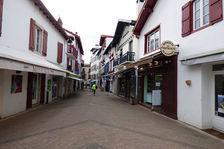 St Jean de Luz - centre ville - Local commercial 2900