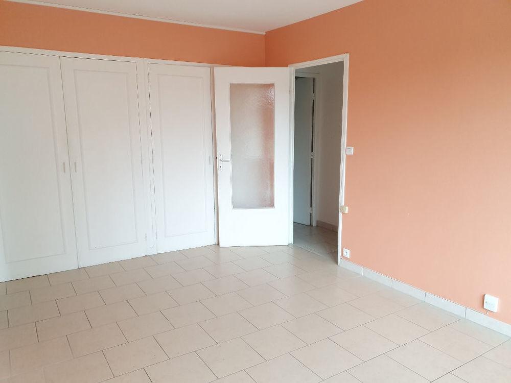 Location Appartement APPARTEMENT MONDEVILLE F3  à Mondeville