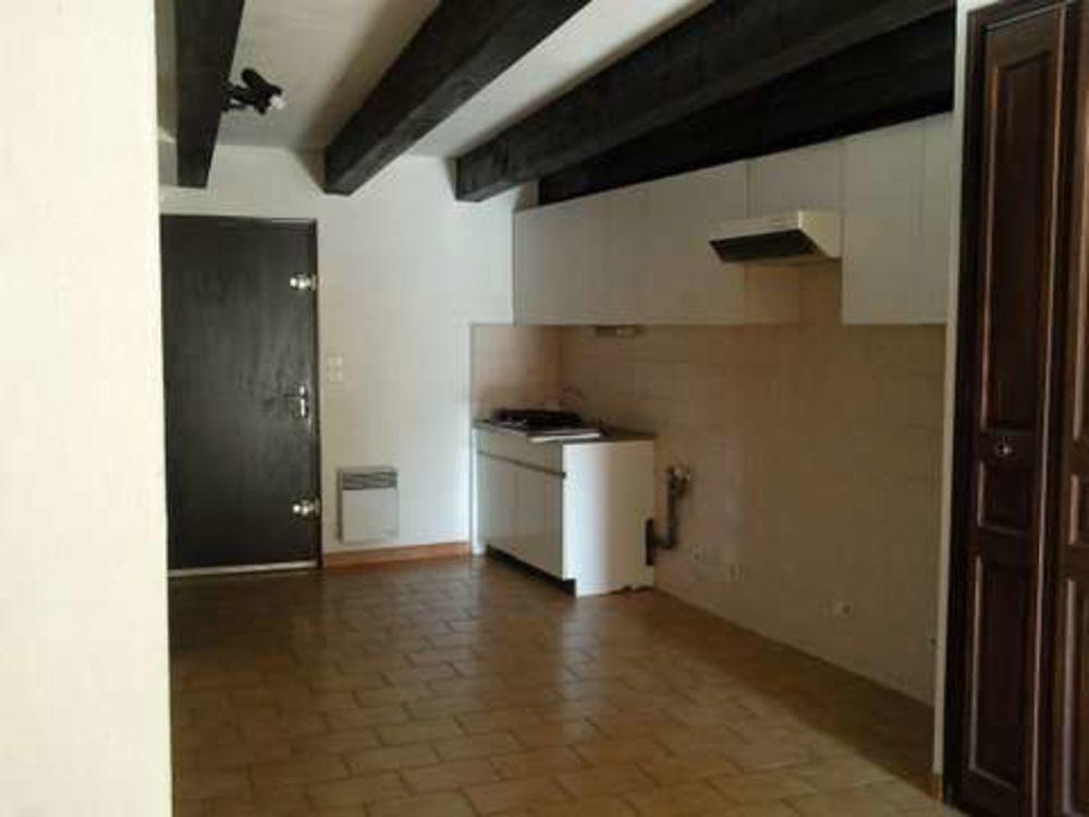 Location Appartement BEL APPARTEMENT T4 AVEC TERRASSE À RIANS  à Rians