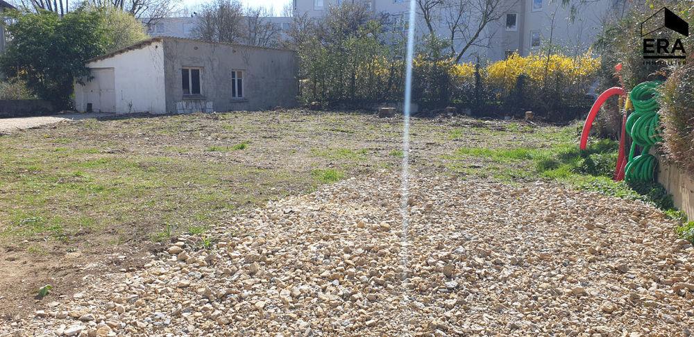 Vente Terrain Bourg En Bresse centre ville quartier Brou / Baudieres  terrain à vendre de 696 m2 viabilisé Bourg en bresse