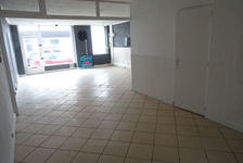 Loue Bourg en Bresse local commercial avec vitrine sur rue 552 01000 Bourg en bresse