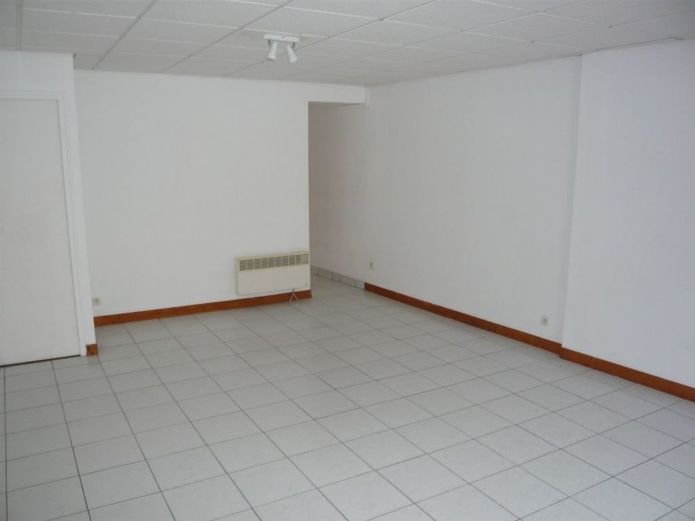 Location Appartement A LOUER Appt CHATEAUNEUF SUR SARTHE T3 70 m2  à Chateauneuf sur sarthe