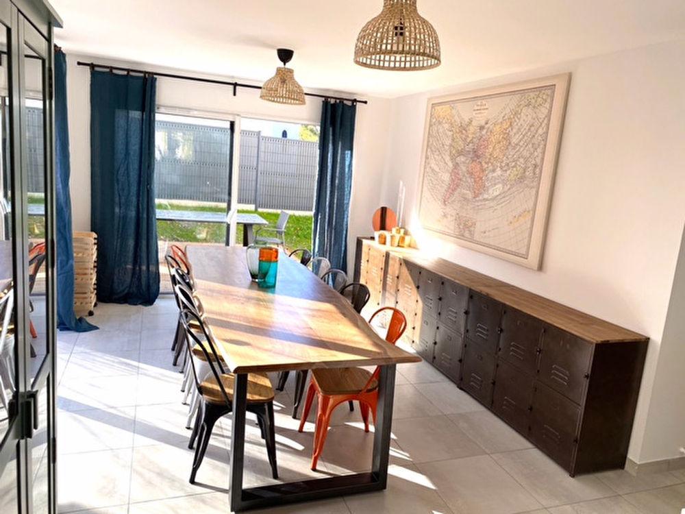 Location Appartement PESSAC DOMAINE UNIVERSITAIRE-A LOUER CHAMBRE MEUBLE AVEC SALLE D EAU EN CO-LIVING Pessac