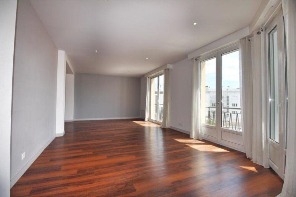 Vente Appartement APPARTEMENT T5 LORIENT - 5 pièce(s) - 180 m2  à Lorient