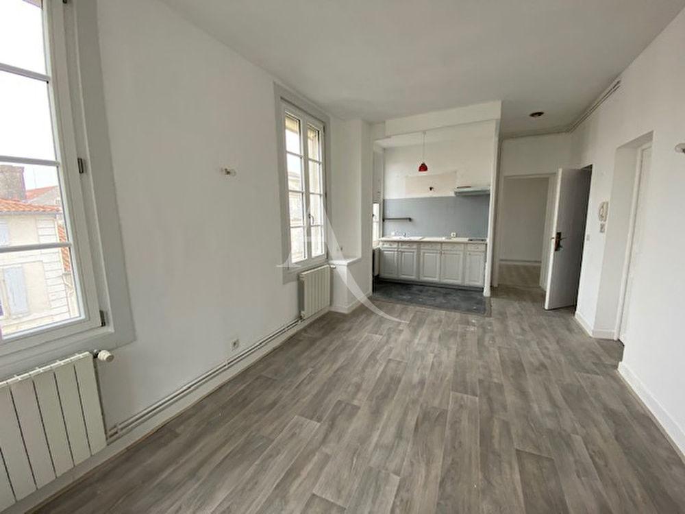 Location Appartement Appt T3 - centre-ville Rochefort  à Rochefort