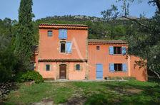 BELGENTIER : Mas Provençal 7 Pièces sur terrain arboré de 3 800 m². 470000 Belgentier (83210)