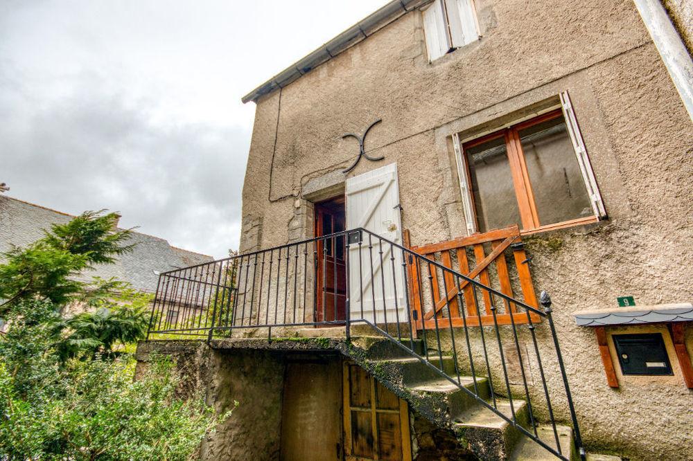 Vente Maison Au centre du bourg de Rieupeyroux  à Rieupeyroux