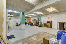 Local 100 m², Le Cannet des Maures 160000