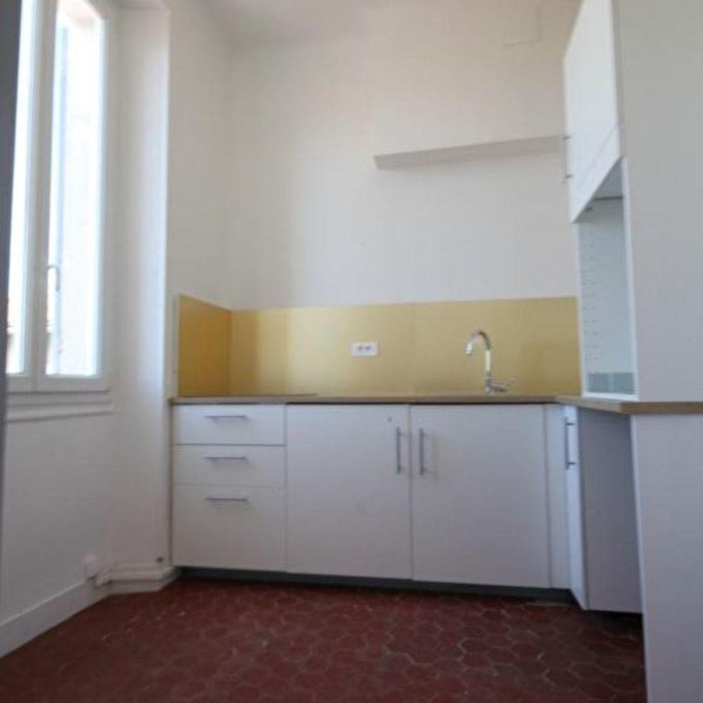 Location Appartement Appartement T1/T2 Refait à neuf rue d'Isoard 13001. Marseille 1