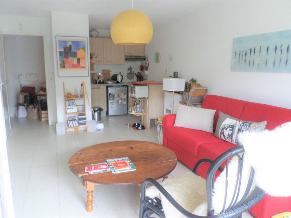 Vente Appartement A VENDRE Appartement Roquettes/  2 pièce(s) 42 m², parking et  terrasse  à Roquettes