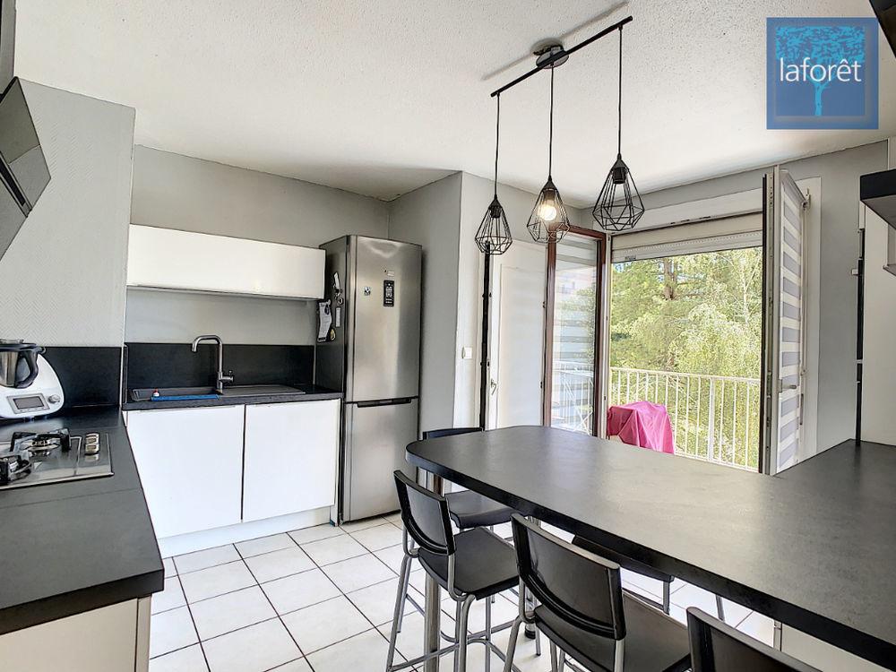 Vente Appartement Appartement Bourgoin Jallieu 5 pièce(s) 90.40 m2  à Bourgoin jallieu