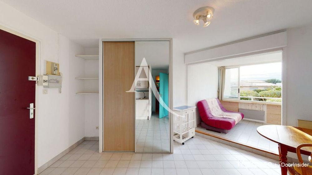Vente Appartement Appartement Sète 2 pièces de 26.62 m² prolongé par une loggia de 7.78 m² et accompagné d'un cellier.  à Sete
