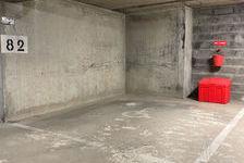 Location Parking / Garage Puteaux (92800)